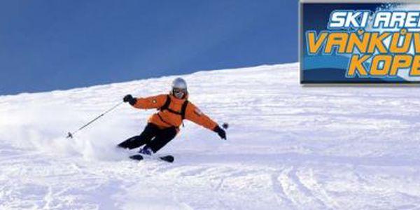 Poslední příležitost užít si lyžování! Na Vaňkově kopci je ještě půl metru sněhu! A je to kousek od Ostravy! - Využijte vysoké slevy na lyžování na Vaňkově kopci u Ostravy!