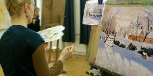 440 Kč za 2 lekce v kurzu klasické kresby a malby. Celkem 8 hodin kurzu, které vedou akademické malířky a restaurátorky, které znají staré i současné malířské postupy. Toužíte se naučit kreslit a malovat skutečně kvalitně? Potřebujete se připravit na školu uměleckého směru? Nebo hledáte účinný způsob relaxace a terapie pomocí umění? Nechte se vést tahy mistrů a zkušenými lektory.