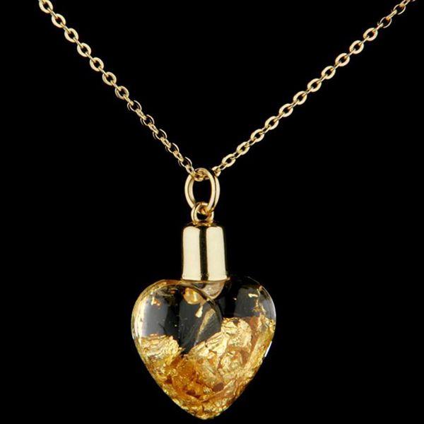 990,- Kč za krásné zlaté srdce! Pořiďte své milé nádherný přívěšek ve tvaru srdce s 24karátovým zlatem uvnitř!