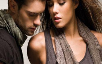 Pouhých 299,- za luxusní šátek Passigatti z čistého hedvábí dostupný v několika barevných variantách. Dopřejte si nezbytný doplněk, kterým můžete doladit, ozvláštnit i podtrhnout Vaše oblečení a vizáž.