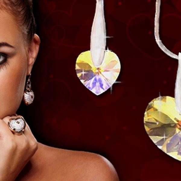 16,90 eur za luxusnú kolekciu SWAROVSKI ELEMENTS Hearts. Elegantné a originálne šperky - dokonalý darček pre každú ženu so zľavou 65%.