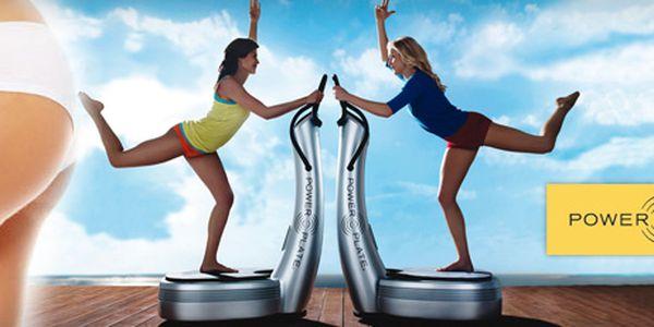 Osm 30minutových cvičení na VIBRAČNÍ PLOŠINĚ PowerPlate PRO5 s 40% slevou jen za 530 Kč!! Permanentku může využívat více lidí (je přenosná)!! Efektivní technologie, která procvičí až 97 % svalů!! Začněte včas, ať vás příchod plavkové sezóny nezaskočí!!
