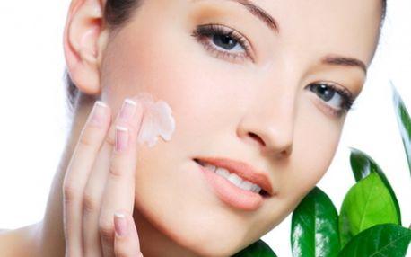 Zajděte si na 80ti minutové ošetření proti prvním příznakům stárnutí, které obsahuje: POVRCHOVÉ ČIŠTĚNÍ,ZMĚKČOVADLO, HLOUBKOVÉ ČIŠTĚNÍ, ÚPRAVU OBOČÍ, PEELING, MASKU a mnoho dalšího! To vše luxusní kosmetikou PAYOT v Salonu Attractive!
