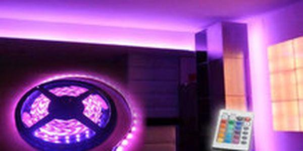 1 475 Kč místo 3 725 Kč - Osvětlete si interiér netradičně! Pětimetrový světelný LED pás, se slevou 60 %. Dálkové ovládání pro změnu barev, poštovné v ceně!