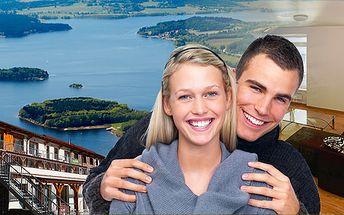 Luxusní 3 - denní jarní wellness pobyt u jezera Lipno pro 2 osoby včetně polopenze, sauny, vířivky a fitness! Výhled na lipenské jezero a Šumavské kopce!