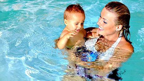 Zkušební lekce plavání pro kojence, batolata a předškoláčky! Ideální relaxace pro miminka a maminky. Děti vodu milují – dopřejte jim radost a zábavu!