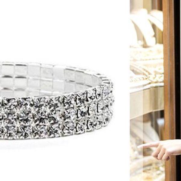 Udělejte radost své přítelkyni nebo kamarádce... Darujte luxusní náramek z bílého krystalu 3-řady z neuvěřitelnou 75%
