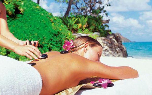 HAVAJSKÁ MASÁŽ LÁVOVÝMI KAMENY Lomi-Lomi patří mezi nejúčinnější a zároveň nejluxusnější masáže. Teplo a speciální masážní techniky dokonale uvolní tělo a mysl, zbavuje stresu a napětí.