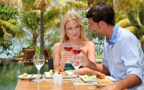 Luxusný HOTELOVÝ ŠEK Wellness, Body & Soul s balíčkom služieb v exkluzívnom 4* hoteli PODĽA VÁŠHO VÝBERU len teraz za polovičnú cenu! Na výber až 150 európskych hotelov a platnosť do 30. 9. 2014!
