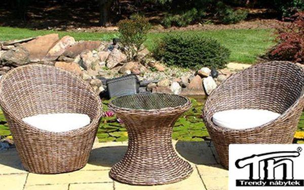 Užívejte si v létě luxusní a pohodlné posezení na terase! Ratanový zahradní nábytek MAYA, 2 křesla + stůl jen za 5999 Kč!