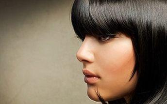 KADEŘNICKÝ BALÍČEK: barvení + masáž + foukaná a styling Barvení vlasů, masáž hlavy s výživou, foukaná a konečný styling se světoznámou značkou TIGI. Změňte svou image a oslňte okolí.