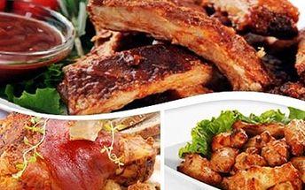 MASOVÉ HODY pro 5-6 osob 1 kg vepřového kolena, 1 kg masových vepřových žebírek a 1 kg kuřecích křidélek včetně přílohy - hořčice, křen, okurky, kozí rohy a pečivo. Ideální pro 5-6 osob.
