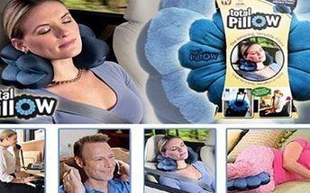 Víceúčelový ZDRAVOTNÍ POLŠTÁŘ Memory Pillow Polštář Memory Pillow pomáhá udržet správnou pozici těla při sezení a díky náplně z polystyrenových mikro kuliček stále drží tvar. Dopřejte svým zádům a šíji odpočinek.