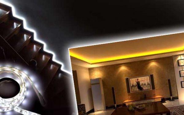 LED pásek BPClight zalitý v silikonu s adaptérem se slevou 50%! Tento báječný svítící pásek dokáže zútulnit a zmodernizovat každou domácnost! 2,5 metru pásku včetně příslušenství a poštovného nyní získáte za akčních 599 Kč!