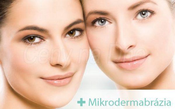Oslňte svoje okolie žiarivo krásnou pleťou po ošetrení pomocou MIKRODERMABRÁZIE a ultrazvuku len za 9.90 €!