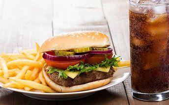Vychutnejte si pravé americké menu za akční cenu. V kavárně Era na vás čeká nefalšovaný hamburger, hranolky a Coca Cola!