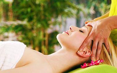 Hodinová lymfatická masáž obličeje, krku a dekoltu vás zbaví vásek i akné. Dokonale bojuje proti druhé bradě a je perfektní formou relaxace