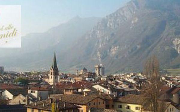 3.990,- Kč za 4 dny aktivní wellness dovolené pro dva v nádherné přírodě Dolomit - Itálie! Sleva 46%!