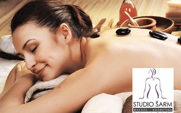 Výjimečná masáž Rolls Royce v délce 90 minut – součástí medová masáž zad a masáž lávovými kameny