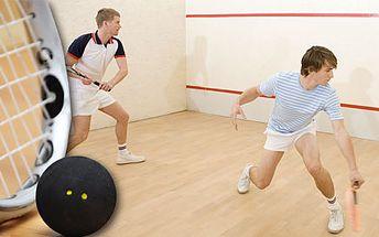 Hodinový pronájem squashe včetně dvou raket a míčků nebo permanentka na 3 x 60 minut v Lebowski Café Baru. Váš oblíbený sport se slevou 69 %.