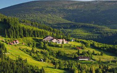 Letní dovolená na ČESKÝCH horách: 4denní pobyt pro 2 osoby s polopenzí v hotelu CORSO v Peci pod Sněžkou!