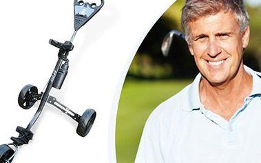 Tříkolový GOLFOVÝ VOZÍK GC 3 + lahev s držákem Vozík s tříkolovou konstrukcí, nízkou hmotností, nožní brzdou, snadným skládáním, uchycením golfového bagu a držákem na score kartu. V ceně také lahev na nápoje a držák.