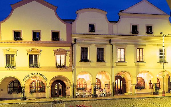 3denní jarní lázeňský pobyt pro 2 osoby v ****Hotelu Zlatá hvězda v Třeboni