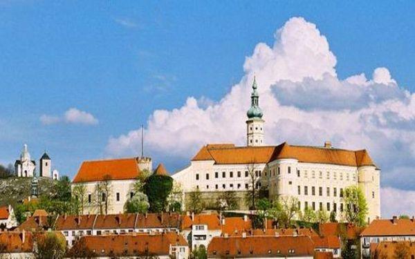 LÉTO - TÝDEN v Mikulově v penzionu LIDKA - 7 dní na Jižní Moravě. Udělejte si výlet do Vídně, projděte si hrady a zámky a vinice v Mikulově a okolí jen za 146 EUR pro 2.