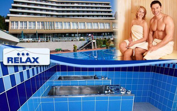 RELAXAČNÍ pobyt na 3/4/6 dnů pro 1 osobu s polopenzí již od 1 930 Kč v Rožnově pod Radhoštěm. Užijte si v krásném hotelu RELAX*** masáž, vířivou koupel, vyhřívaný BAZÉN. Odpočívejte v samém srdci Beskyd!!!
