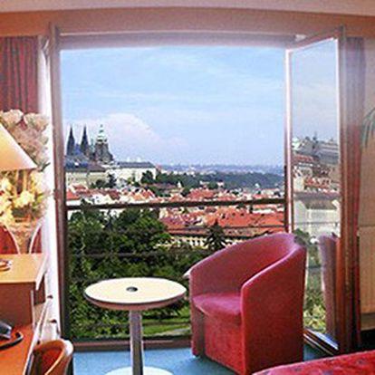 Nezahálejte doma a vyražte na krásný víkend do Prahy! 3 noci včetně snídaní, večeře a projížďky lodí v jednom ze 3 hotelů CzechInnHotels!