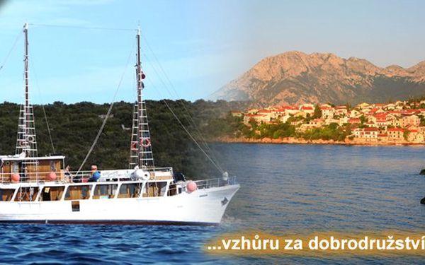 Týdenní putování na motorové jachtě Madona a v sedlech kol po ostrovech jižního Jadranu. Zažijte dobrodružství plné zážitků.