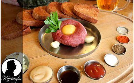 Masová hostina! 500 gramů tatarského bifteku z té nejlepší svíčkové a 22 křupavých topinek!