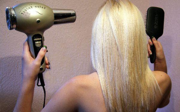 Chce to nový styl? Stříhání vlasů, mytí, foukaná, konečná úprava a styling v salonu Míla již od 119 Kč!
