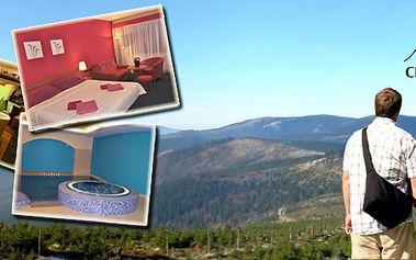 Třídenní romantický pobyt pro dva s polopenzí v hotelu Centrum v Harrachově. Privátní wellness, masáže a mnoho dalších služeb v ceně!