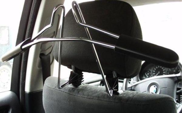 -67%! Potěšte svého tatínka! Kovový věšák do auta pouze 199 Kč a Váš oblek nebo košile se nepomačká!