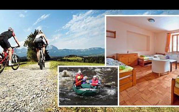 Krásná příroda, bohatá polopenze, domácí zákusky, zahrada plná her… Za 3 dny v Modrém pensionu v Rokytnici nad Jizerou pro 2 osoby zaplatíte jen 1.690 Kč!
