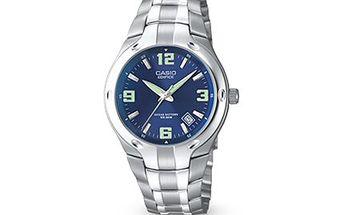 Pánské HODINKY Casio EF 106D-2A Náramkové hodinky Casio vyrobené z oceli, k dostání ve stříbrné variantě s modrým ciferníkem. Dopřejte si elegantní klasiku, která nevyjde z módy.