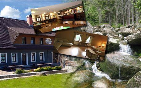 3 - denní pobyt pro dva s polopenzí v hotelu Perla Jizery nacházející se v malebné horské vesničce! V ceně aktivního pobytu sauna, sekt a mísa plná jahod!