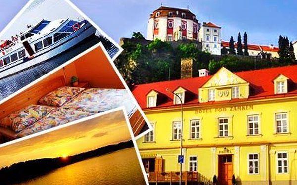 Romantika v podzámčí u Vranovské přehrady – čtyři nebo šest dní pro 2 osoby s polopenzí, Hotel Pod Zámkem***. Ideální pro pěší a cykloturistiku, parkování, úschova kol a WiFi zdarma
