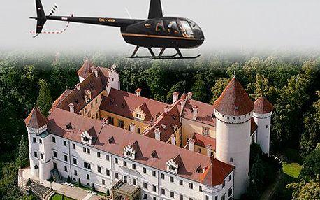 Zážitkový let vrtulníkem! Leťte 32 kilometrů a spatřete zámek Konopiště a Jemniště!
