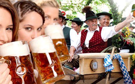Celodenní zájezd na Oktoberfest 2012. Doprava tam i zpět, 1/2 pečeného kuřete, dva tupláky piva, sezení ve stanu s hudbou i český delegát!
