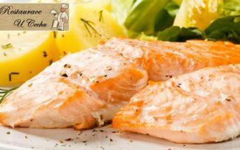 Jedinečných 295 Kč za 2x 250g steak z lososa s bylinkovým máslem a 2x 150g šťouchané brambory se smetanou a bylinkami. Pravé labužnické hody nejen pro milovníky ryb v restauraci U Cechu. Sleva 52 % za rybí menu pro dva!