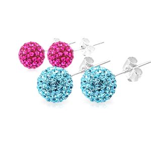 STŘÍBRNÉ náušnice GS Diamond v několika barvách včetně poštovného Elegantní stříbrné náušnice s barevnými kamínky dokáží rozzářit každý outfit. Vybírejte z několika barev: modré, růžové, vínové či zlatavé. Náušnice, které unosíte.