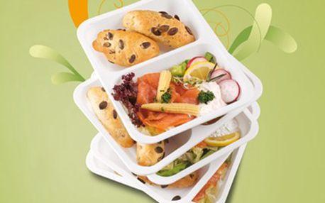 KRABIČKOVÁ DIETA s rozvozem: jezte zdravě a pravidelně Pět jídel denně na pět pracovních dní. Vyvážená strava bez přejídání, s potřebnými bílkovinami, sacharidy a tuky. Čerstvé jídlo s dovozem do domu či kanceláře.