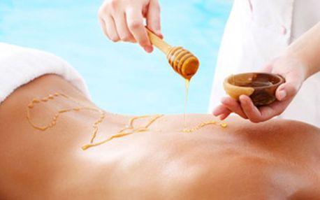 MEDOVÁ MASÁŽ s medovým zábalem 30minutová medová masáž a 30minutový medový zábal pro uvolnění bolesti zad a šíje, detoxikaci a očistu těla, jeho zvláčnění a zvlhčení a zbavení se stresu.