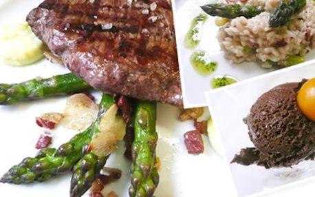 CHŘESTOVÉ 4chodové menu pro DVA v restauraci El Cid Bar de Tapas Menu obsahuje předkrm- parmazánové risotto, hlavní chod- flank steak na česneku nebo filet z opečeného čerstvého candáta, variace sýrů a jako dezert čokoládová pěna.