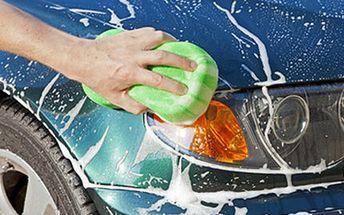 Ruční MYTÍ INTERIÉRU I EXTERIÉRU vozidla + další služby Základní balíček obsahuje ruční mytí karoserie, šamponování s voskem, čištění mezidveřních prostor, umytí oken a vyčištění disků kol. Při více voucherech služby navíc.