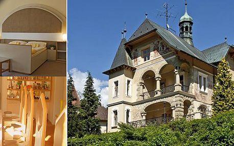 Zcelavýjimečné ubytování v luxusním Boutique hotelu Vládní vila pro dvě osoby v centru lázní Luhačovicev blízkosti lázeňského parku, kolonády i historických staveb.