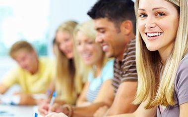 Získejte status studenta díky jednoletému studiu angličtiny a španělštiny na prestižní škole Amigas. Investujte do své úspěšné budoucnosti!