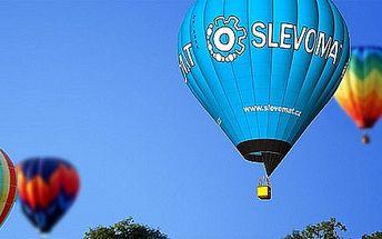 Úžasný vyhlídkový let balonem nad českou krajinou! Pěkný dárek, nadpozemský zážitek, stylově vyzdobený balon acca 60 minut letu.